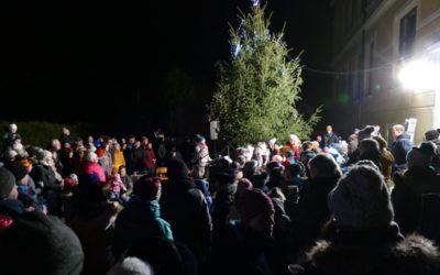 Zpívání u stromu, 1. 12. 2019